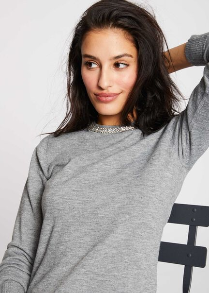 Pull manches longues col rond et strass gris clair femme