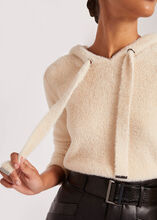 Pull manches longues a capuche vanille femme