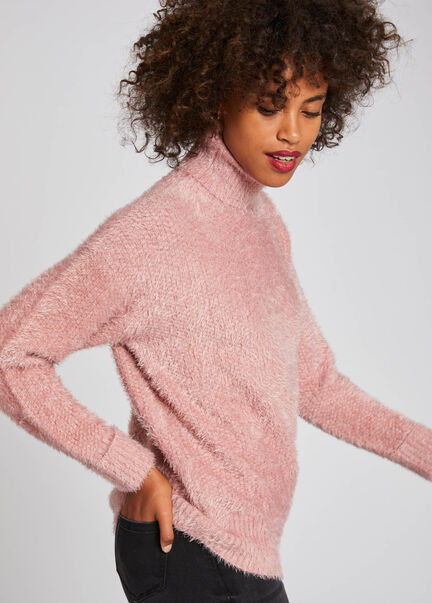 Pull manches longues maille duveteuse rose pale femme